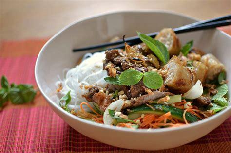 cuisine vietnamienne facile bo bun vietnamien au boeuf la vraie recette facile et faite maison