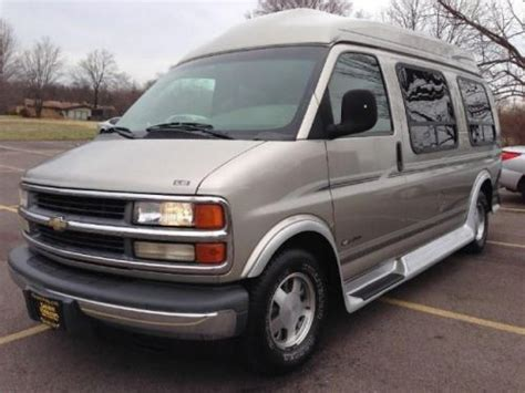all car manuals free 2000 chevrolet express 1500 spare parts catalogs sell used 2000 chevrolet express 1500 135 wb in 5381 dixie hwy fairfield ohio united states