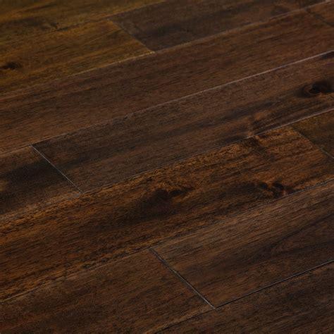 FREE Samples: Mazama Hardwood   Handscraped Acacia
