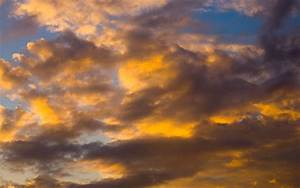 Sunset Clouds wallpaper