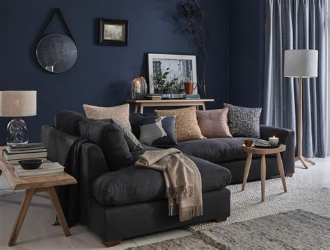 Zimmer Grau Blau by The Subtle Of How To Dress A Sofa With Cushions And Throws