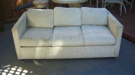 Steam Cleaning Sofas. Steam Cleaning