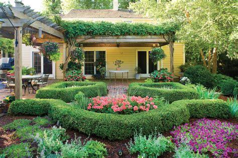 landscape design   hot tips  tricks decorilla