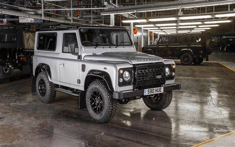 2015 Land Rover Defender Wallpaper Hd Car Wallpapers