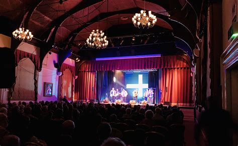 Cornwall music networkfor everything you need to know for live gigs in cornwall in particular check out their music festivals in cornwall page they also have some great information on traditional c… The Concerts - The Countrymen