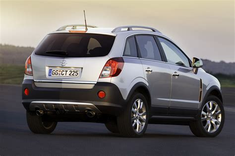2011 opel antara receives minor facelift with renewed