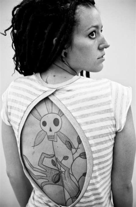 Skull Tattoo Designs: Death and Decay - Tattoo Meanings   Tattoo ideas   Tattoos, Skull tattoos