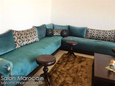 coin cuisine avec banquette salon marocain bleu roi exceptionnel morocco condo salons