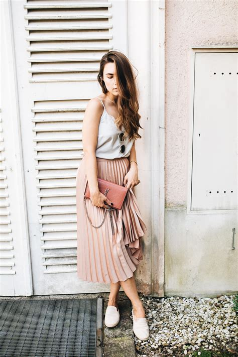outfit   pleated skirt love affair  rock  life