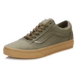 vans light up shoes vans mens trainers ivy green light gum old skool lace up