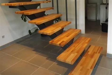 exemple d escalier tournant bois m 233 tal avec marches en