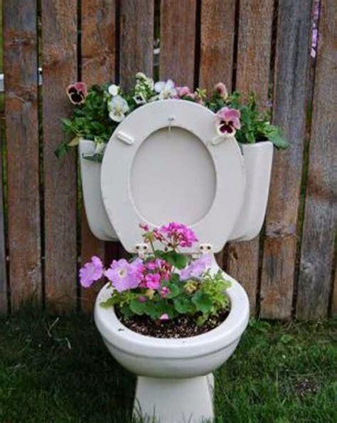diy recycled planting pots   cheap