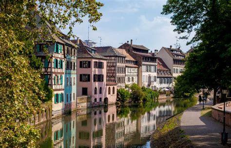 si鑒e cr馘it mutuel strasbourg kleinfrankreich