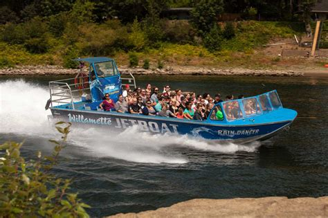 Willamette Jet Boat by Willamette Jetboat Excursions