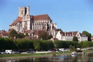 La Vie Auxerre by Auxerre