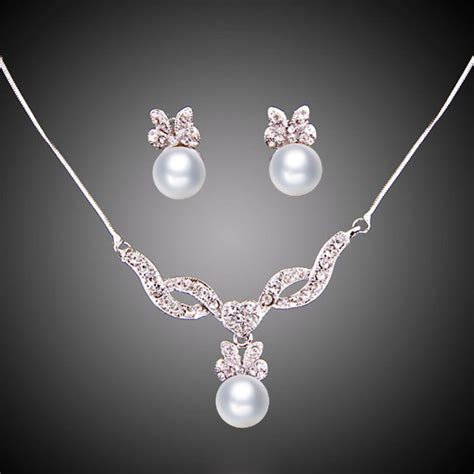 fashion pearl pendant necklace earrings crystal white gold