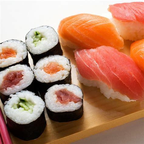 cuisiner des sushis les 25 meilleures idées de la catégorie sushi sur