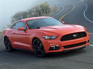 The 2016 Ford Mustang Premium EcoBoost proves just how attractive it can be