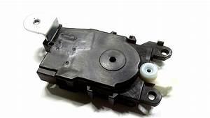 2003 Subaru Legacy Actuator Assembly