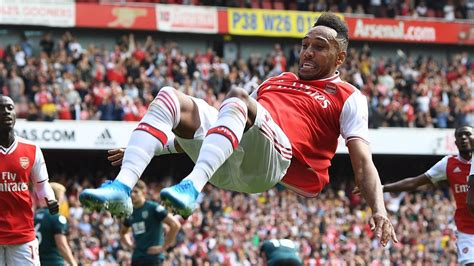 football news pierre emerick aubameyang arsenal finish top