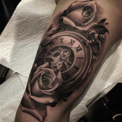 tatouage avant bras rose horloge