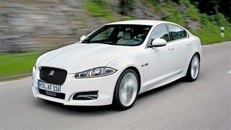 Review Jaguar Xf by Jaguar Xf Review Least Powerful Xf Tested 2013 2015