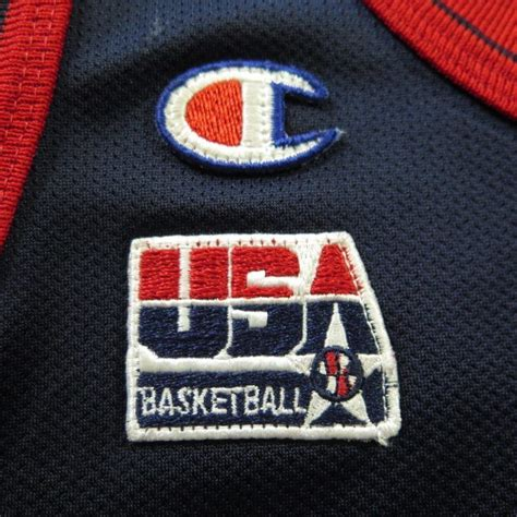The men's national basketball team of the united states won the gold medal at the 1996 summer olympics in atlanta, georgia.led by basketball hall of fame head coach lenny wilkens, the team won gold for the second straight olympics. Vintage 1996 USA Olympic Basketball Jersey Champion M ...