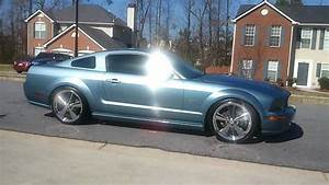 2005 s197 mustang gt with 20'' cragar s/s 610 No Mufflers - YouTube