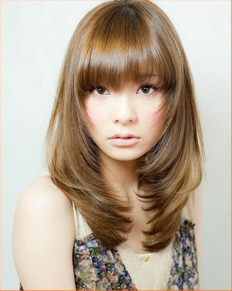 hairstyle female   face wavy haircut