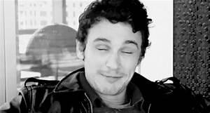 James Franco's smile is contagious (gif) : LadyBoners