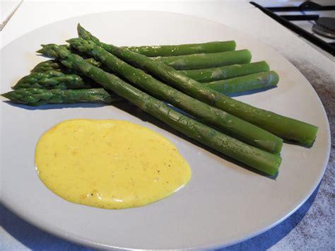 recette asperges vertes sauce mousseline asperges