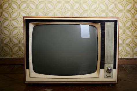 Tv Set To Surpass Computers As The Top Online Video