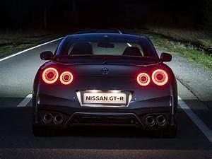 Nissan Gtr Prix Occasion : prix nissan gt r 2016 pr s de 100 000 euros pour la nouvelle gt r photo 5 l 39 argus ~ Gottalentnigeria.com Avis de Voitures