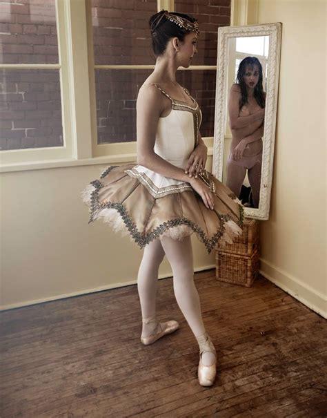 Naked Ballerina Impromptu Sarah Murphydyson Hamilton On Live At The Pearl Company