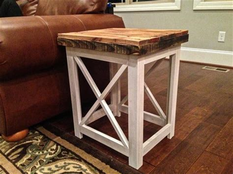 Diy Maple Pallet Side Table Or Nightstand Pallet