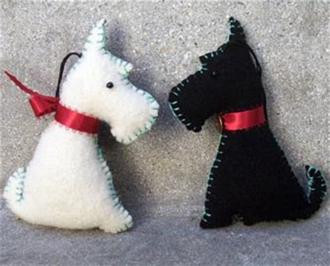 Felt dog template costumepartyrun felt dog template pet themed christmas ornaments a gallery on flickr maxwellsz