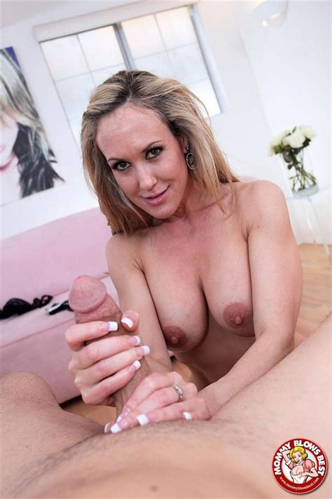 Brandi Love Sexy Milf Sucks On A Big Cock My Xxx Pass