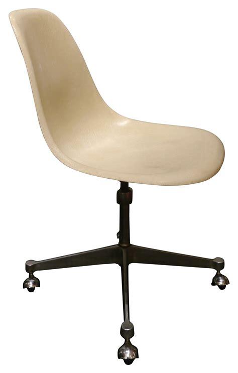 chaises de bureaux chaise de bureau eames chaise pscc par charles u