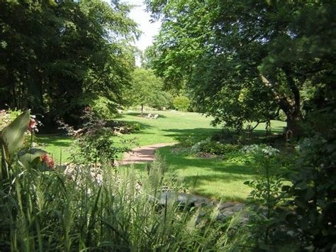 Captivating Connecticut Garden by Bartlett Arboretum And Gardens In Connecticut Has A Secret