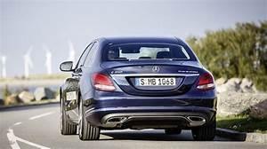 Mercedes Classe C 350e : key features of the mercedes benz c350 plug in hybrid ~ Maxctalentgroup.com Avis de Voitures
