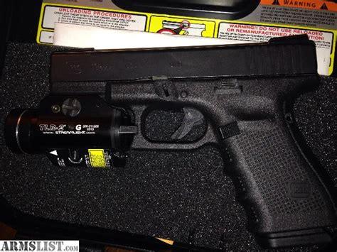 glock 19 strobe light armslist for trade gen 4 glock 19 streamlight tlr 2g