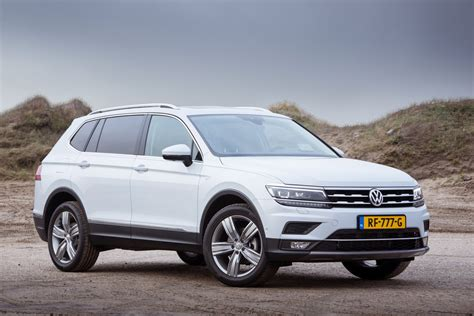 An extended wheelbase and greater overall length make the tiguan allspace a most spacious suv: Test: Volkswagen Tiguan Allspace. Review en foto's ...