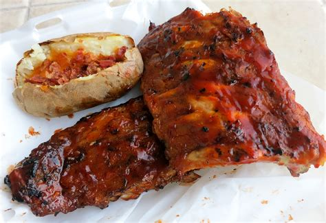 rack of ribs tony roma s vs ribs hawaii challenge tasty island