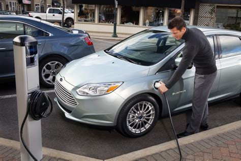 Electric Car Best Buy by Coming Soon To Best Buy Electric Car Home Charging Stations