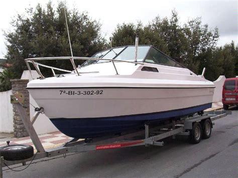 Liberty Boat by Bayliner Liberty Como Nueva In Deportivo De El Abra
