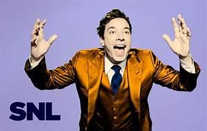 Jimmy Fallon, Michael Buble bring holiday cheer to SNL