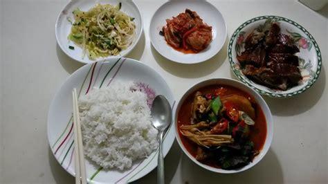 Resep masakan korea jjampojng : Masakan Korea:GAMJATANG (감자탕) - YouTube