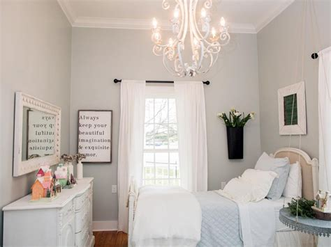 how joanna gaines decorates rooms popsugar home