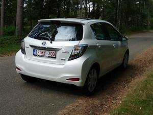 Essai Toyota Yaris Hybride : essai la toyota yaris hybride une alternative s rieuse automania ~ Gottalentnigeria.com Avis de Voitures