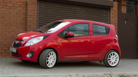 Chevrolet Spark Red Drive2